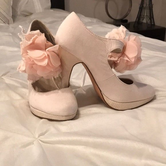 Maurices Shoes Petal Pink Suede Heels With Floral Embellishment